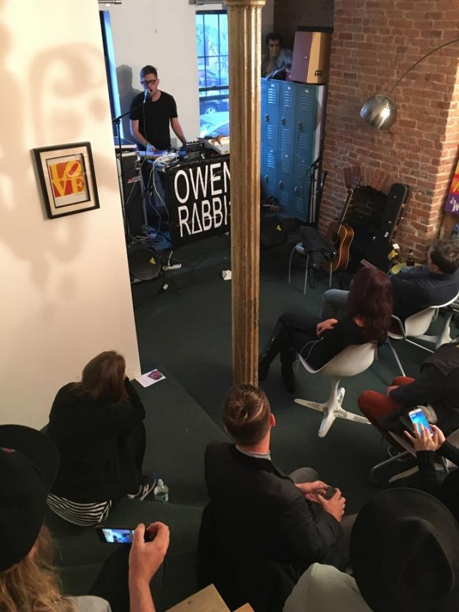 I played this really intimate lounge room show at the Cyber PR Headquarters in Brooklyn. It was really beautiful and they made apple pie