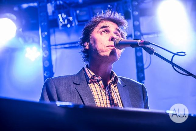 the-whitlams-27