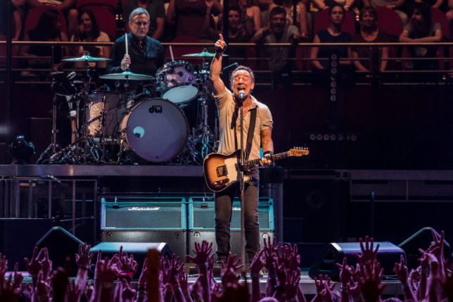 photo gallery bruce springsteen the e street band. Black Bedroom Furniture Sets. Home Design Ideas